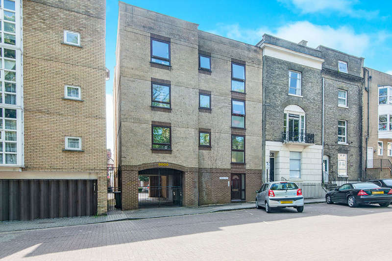 1 Bedroom Flat for sale in Cranbury Place, Southampton, SO14