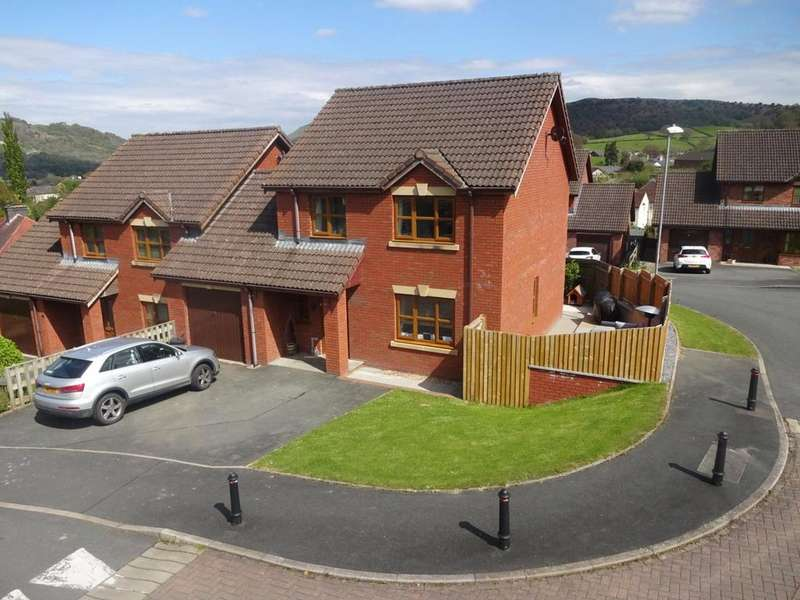 3 Bedrooms Link Detached House for sale in Tyleheulog, Builth Wells, Powys