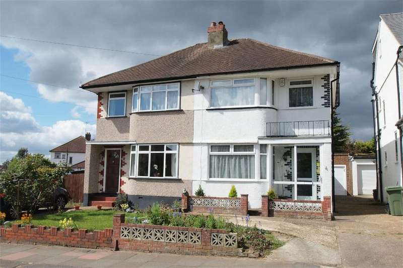3 Bedrooms Semi Detached House for sale in Chatham Avenue, Hayes, Bromley, Kent