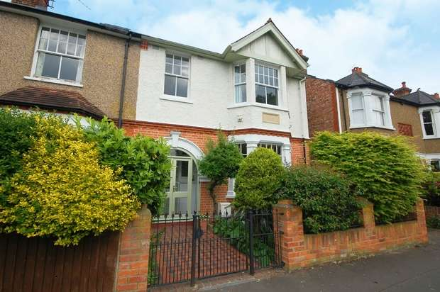 5 Bedrooms Semi Detached House for sale in Tudor Road, Hampton