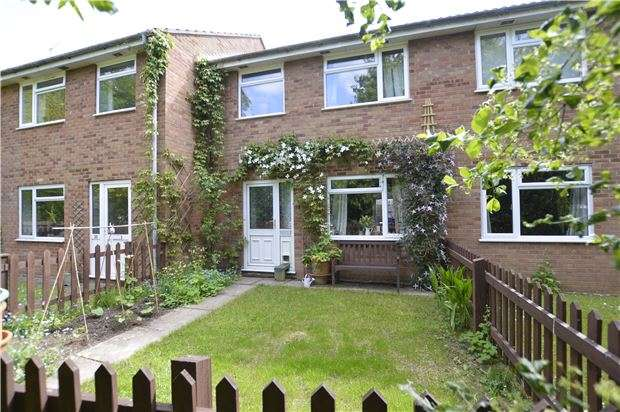 3 Bedrooms Terraced House for sale in TEWKESBURY, Gloucestershire, GL20 5QZ