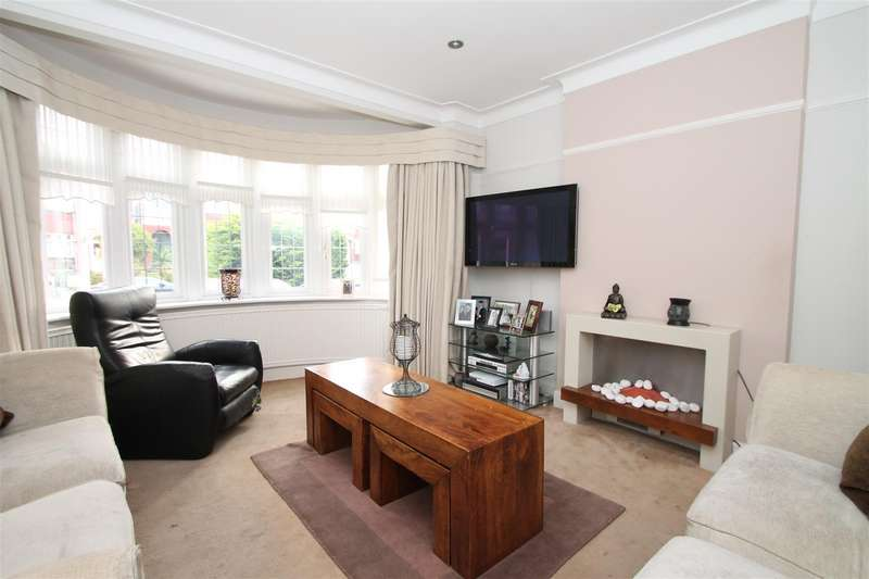 4 Bedrooms Property for sale in Mayfair Terrace, Southgate, London N14