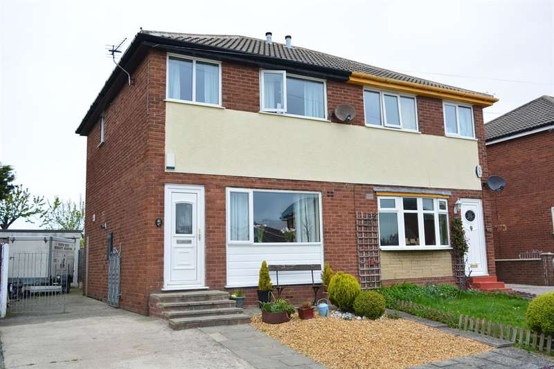 2 Bedrooms Semi Detached House for sale in Wasdale Road, Blackpool, FY4 4NP
