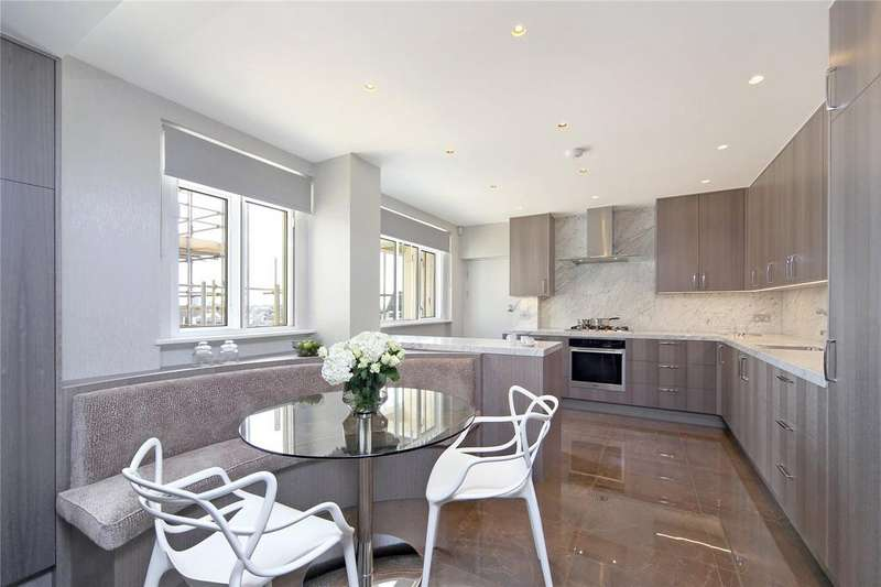 5 Bedrooms Flat for rent in Cadogan Place, Knightsbridge
