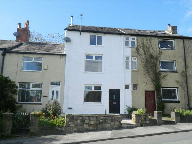 3 Bedrooms Town House for sale in Tottington Road, Harwood, Bolton, Lancashire