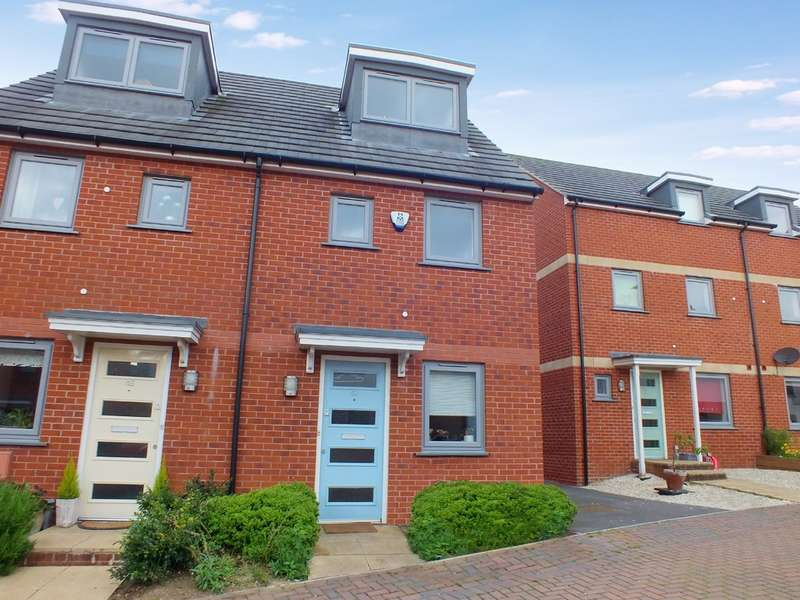 3 Bedrooms Semi Detached House for sale in Stroud
