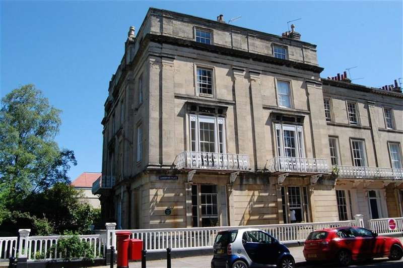 2 Bedrooms Flat for rent in Lansdown Place, Clifton, Bristol