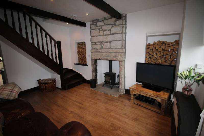 2 Bedrooms Property for sale in Harden Road, Long Lee, Keighley, BD21