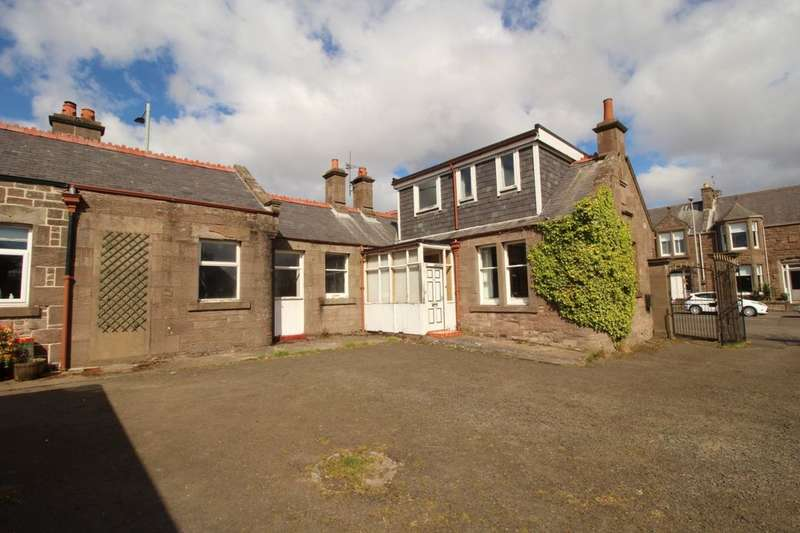 3 Bedrooms Semi Detached House for sale in Rosehill Road, Montrose, DD10