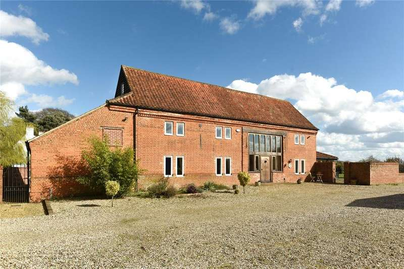 5 Bedrooms Barn Conversion Character Property for sale in Wendling Road, Longham, Norfolk
