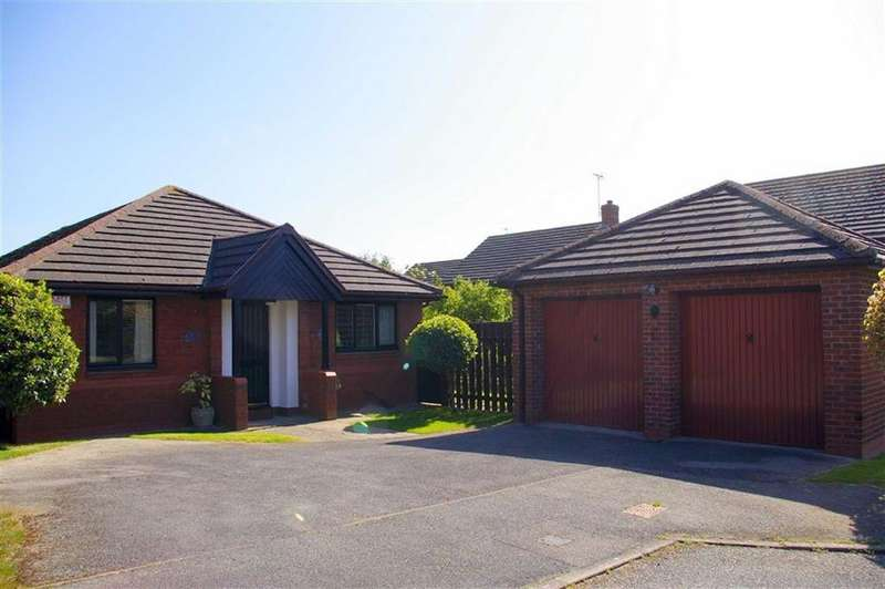 3 Bedrooms Detached Bungalow for sale in Maes Y Gwenith, Penrhyn Bay, Llandudno