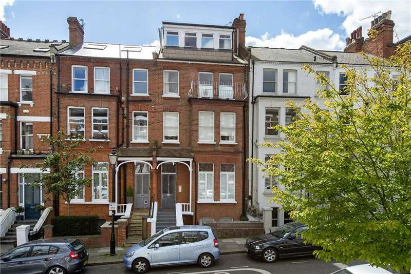 2 Bedrooms Flat for sale in Carlingford Road, London, NW3