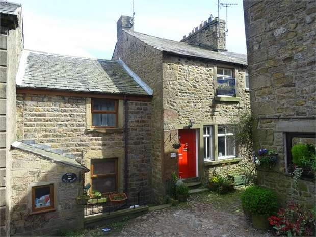 2 Bedrooms Terraced House for sale in Windy Street, Chipping, Preston, Lancashire