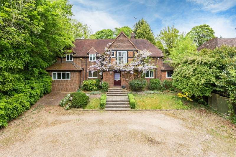 5 Bedrooms Detached House for sale in Lincoln Road, Chalfont St Peter, Buckinghamshire