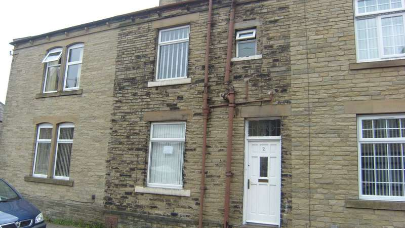 3 Bedrooms Terraced House for sale in Hillary Street, Dewsbury