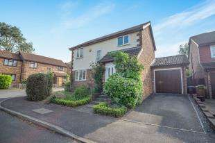 3 Bedrooms Detached House for sale in Tollgate Way, Sandling, Maidstone, Kent