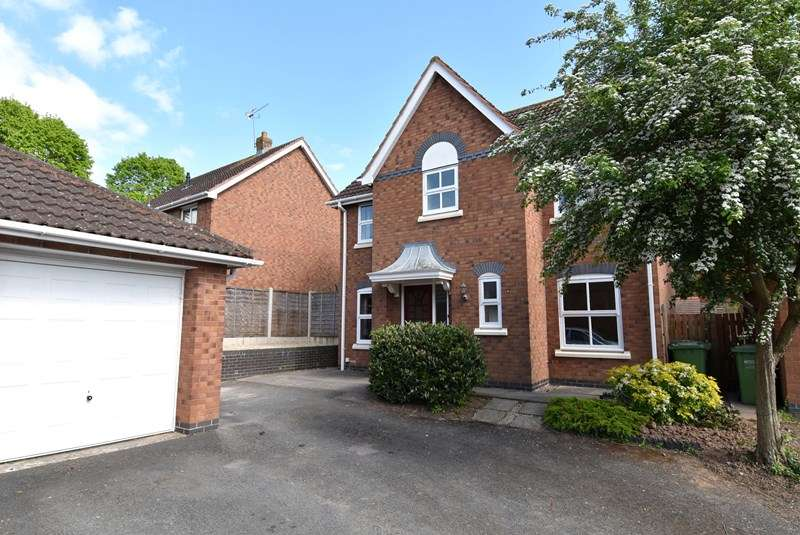 4 Bedrooms Detached House for sale in Corunna Close, Brockhill Village, Norton