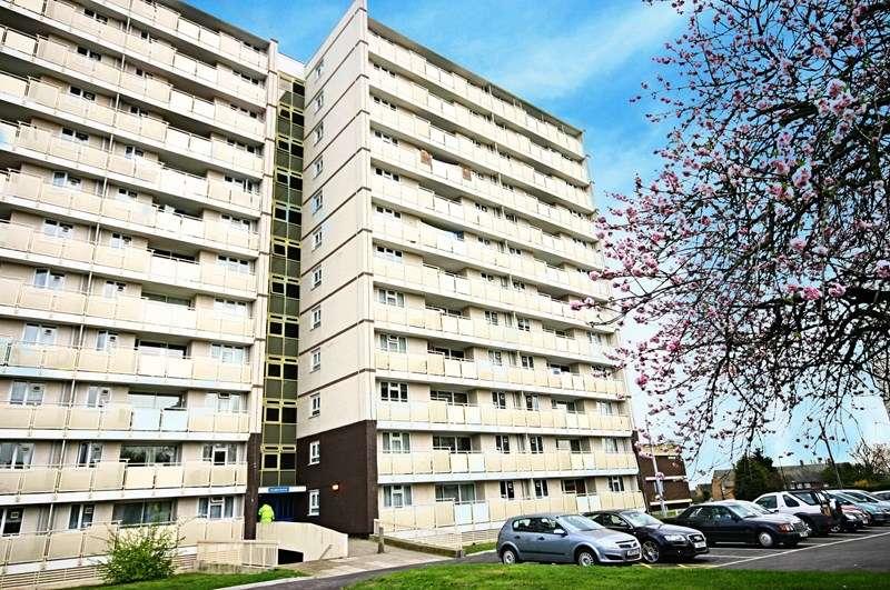 2 Bedrooms Property for sale in Cedar Road, Enfield