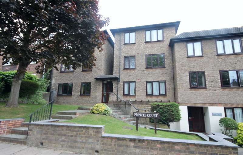 2 Bedrooms Flat for sale in Dukes Avenue, New Malden