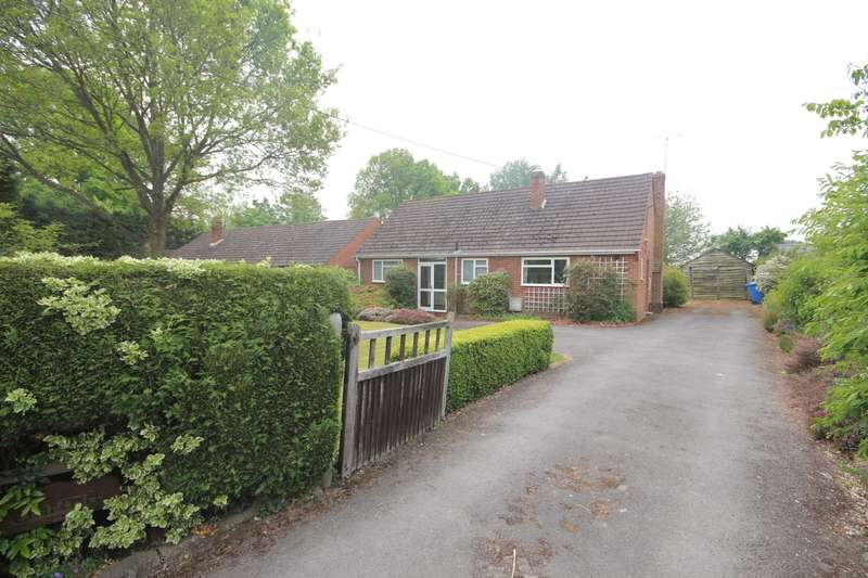 3 Bedrooms Detached Bungalow for sale in Church Road, Winkfield