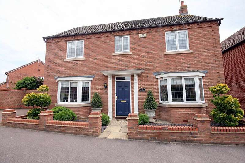 4 Bedrooms Property for sale in Badgers Gate, Dunstable, Beds.