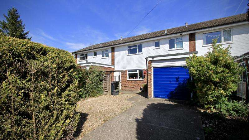 3 Bedrooms Terraced House for sale in Blacksmith Lane, Prestwood HP16
