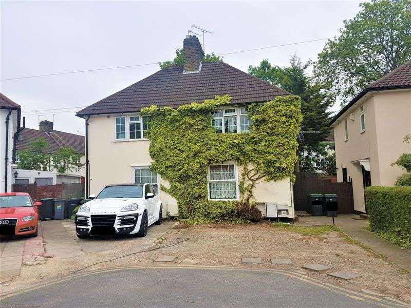 2 Bedrooms Semi Detached House for sale in Henningham Road, Tottenham N17