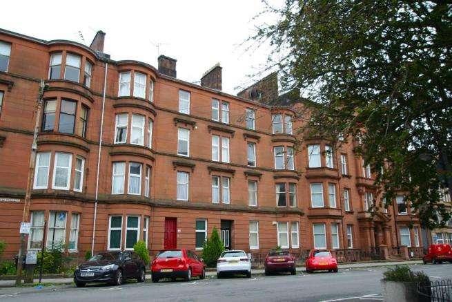 3 Bedrooms Flat for rent in West Princes Street, Woodlands, Glasgow