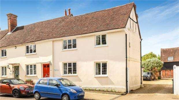 3 Bedrooms Semi Detached House for sale in High Street, Odiham, Hook