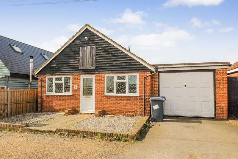 3 Bedrooms Detached Bungalow for sale in Bowyer Road, Seasalter, WHITSTABLE, Kent
