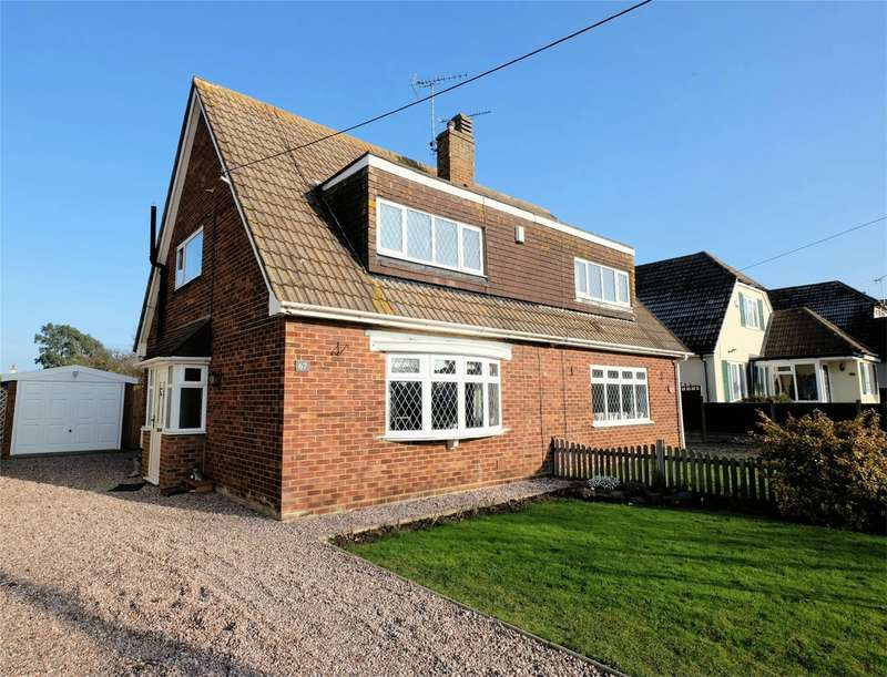 3 Bedrooms Semi Detached House for sale in Maydowns Road, Chestfield, WHITSTABLE, Kent