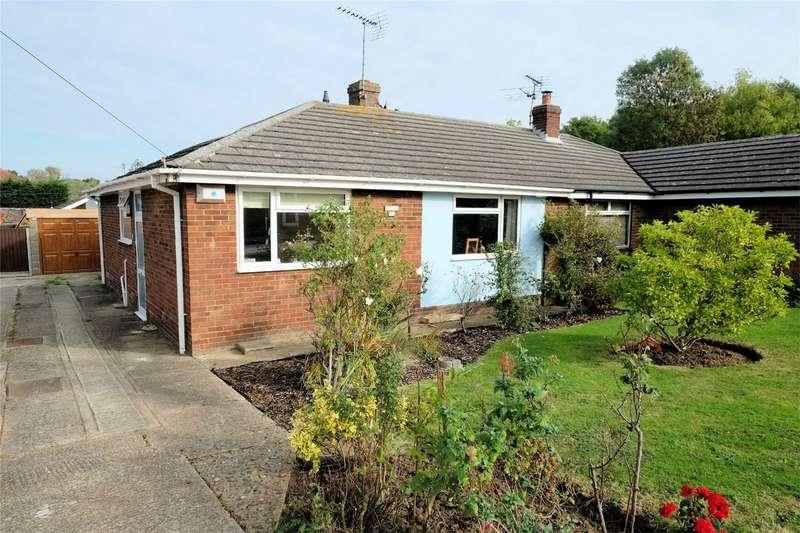 2 Bedrooms Semi Detached Bungalow for sale in Deborah Close, WHITSTABLE, Kent
