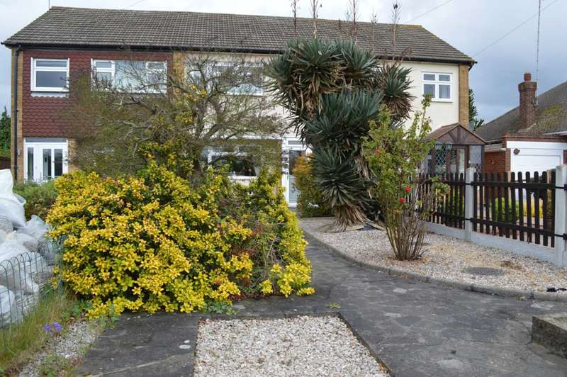 3 Bedrooms Semi Detached House for sale in Upminster Road North, South Hornchurch