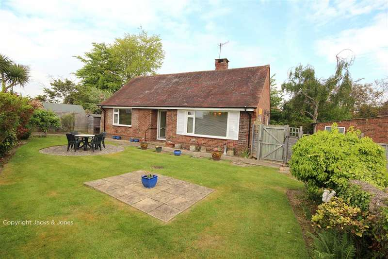 2 Bedrooms Bungalow for rent in Ashacre Lane, Worthing