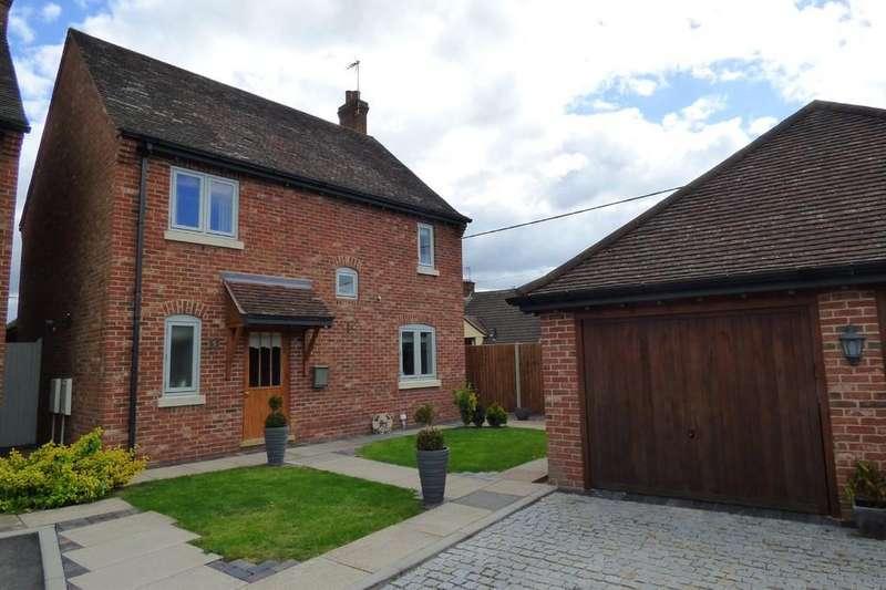 4 Bedrooms Detached House for sale in Long Street, Belton