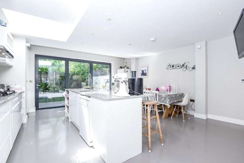 4 Bedrooms Terraced House for sale in Norroy Road, Putney, SW15