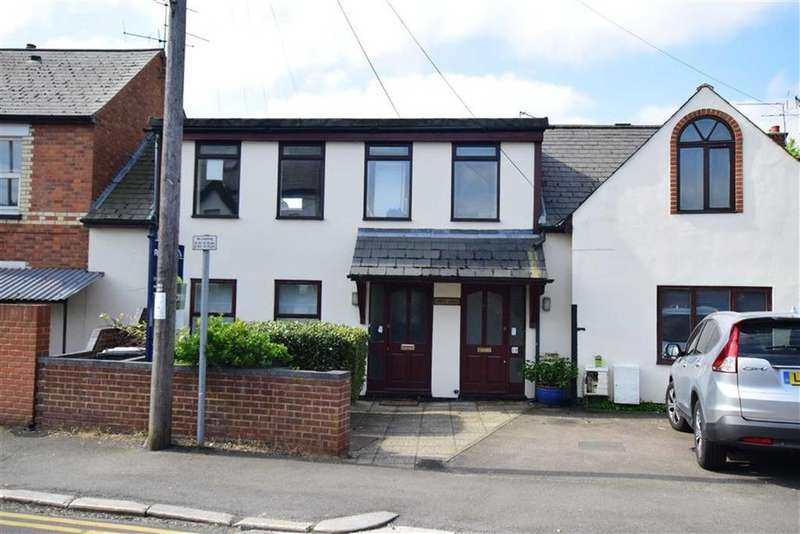 2 Bedrooms Apartment Flat for sale in Priest Hill, Caversham, Reading