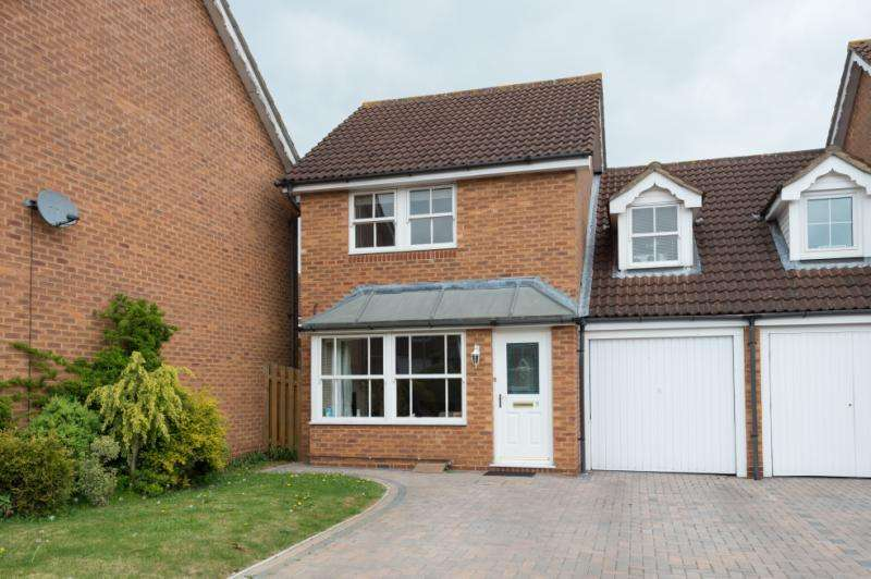 3 Bedrooms Semi Detached House for sale in Inkerman Close, Abingdon