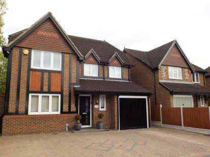 4 Bedrooms Detached House for sale in Chafford Hundred, Grays