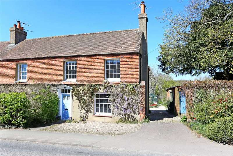 3 Bedrooms Semi Detached House for sale in Southington, Overton