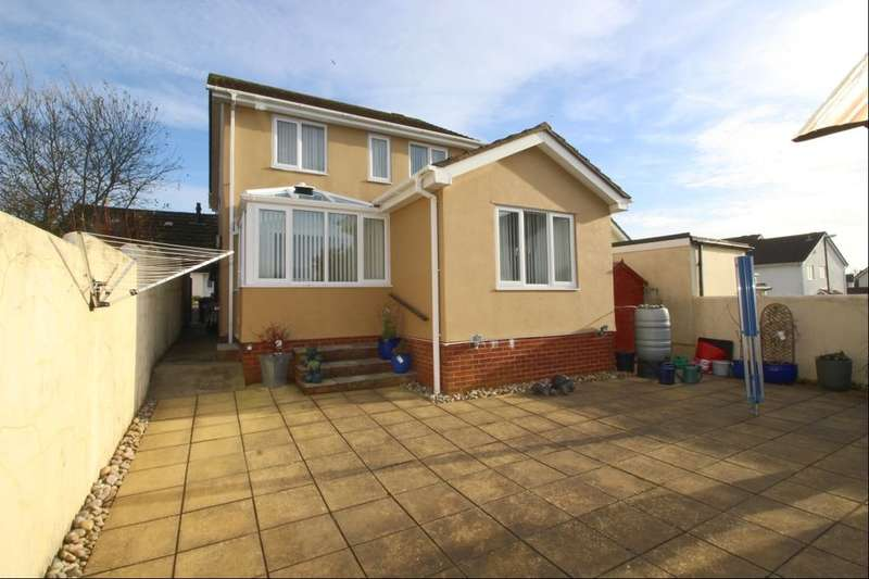 4 Bedrooms Detached House for sale in Bridle Close, Paignton, TQ4