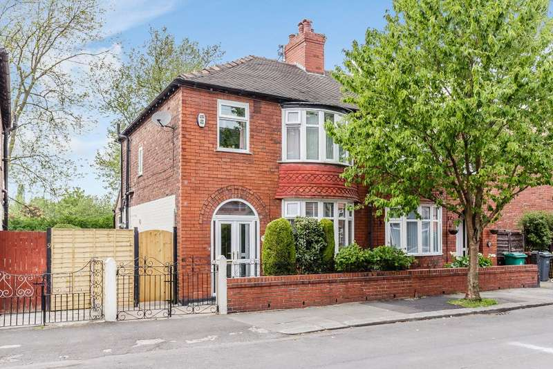 3 Bedrooms Semi Detached House for sale in Lincoln Avenue, Manchester, Greater Manchester M19