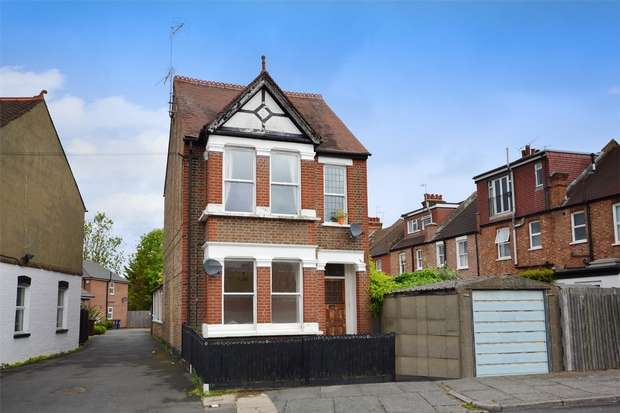 2 Bedrooms Flat for sale in Butler Road, Harrow, Middlesex