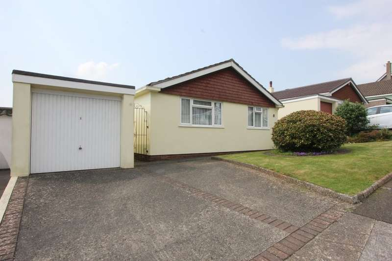 3 Bedrooms Detached Bungalow for sale in Dolphin Court Road, Paignton