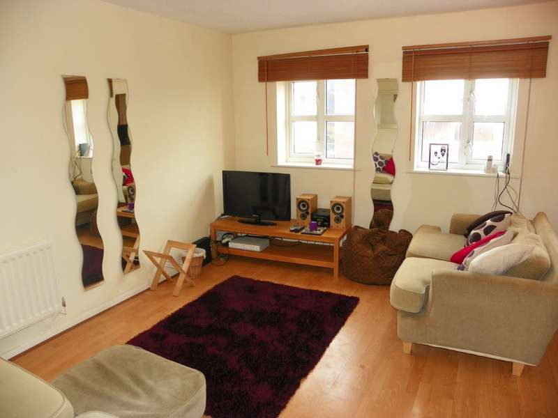 3 Bedrooms Flat for sale in Flat 5, 647 Rochdale Road, Manchester, M9 5SH