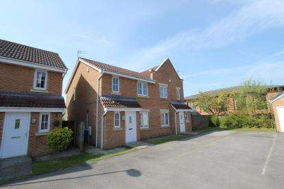 4 Bedrooms Semi Detached House for sale in Cravenwood, Ashton-Under-Lyne, Greater Manchester