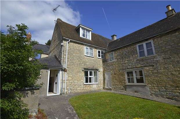 2 Bedrooms Cottage House for sale in Chapelfields, Randwick, Gloucestershire, GL6 6HS