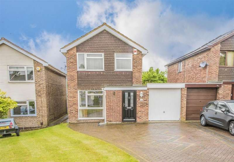 3 Bedrooms Detached House for sale in Obelisk Rise, Northampton