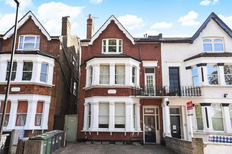 1 Bedroom Flat for sale in Oakdale Road, Streatham, SW16