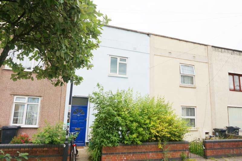 3 Bedrooms Terraced House for rent in Chelsea Road, Easton, Bristol, BS5 6AT